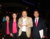 """MC Việt Thảo và phóng sự """"Chuyện Bên Lề"""" được chào đón tại Seattle"""