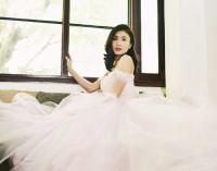 Một thoáng áo hồng ngày cưới… Sài Gòn…