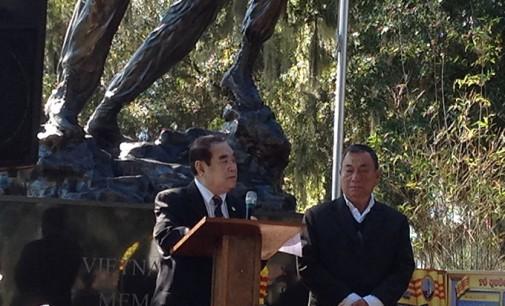 Cựu Tư Lệnh Hải Chiến Hoàng Sa Hồ Văn Kỳ Thoại chủ tọa ngày Tưởng Niệm Hoàng Sa năm thứ 41 tại Orlando- Florida