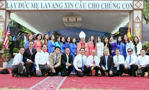 """Đại Hội Đức Mẹ LaVang- Tiểu Bang Washington, cầu nguyện cho đất nước: """"vẹn toàn lãnh thổ- không mất đất,  mất đảo…"""""""