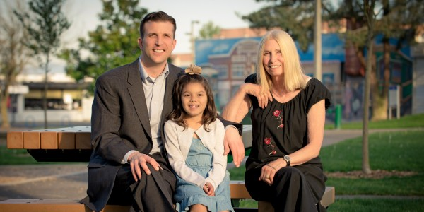 ứng cử viên Nghị Viên Tacoma Tom McCarthy