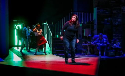 "Giới thiệu vở kịch ""Well"" tại Seattle Repertory Theatre"
