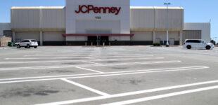 Amazon trám chỗ JCPenney và Sears tại các shopping mall