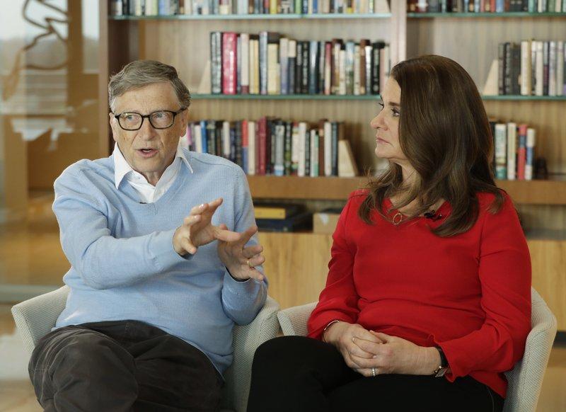 Tỷ phú Bill Gates và vợ bất ngờ chia tay sau 27 năm chung sống