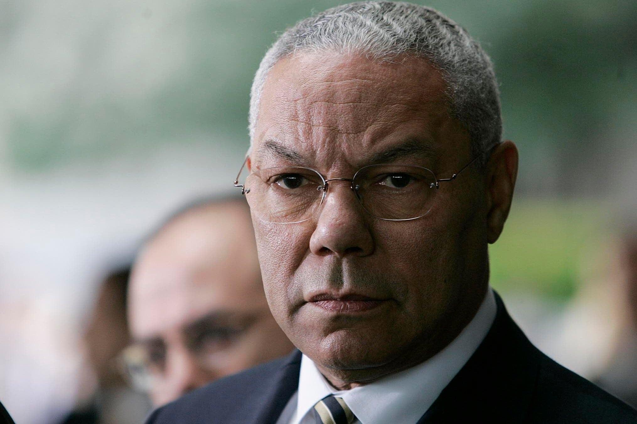 Cựu NT Colin Powell qua đời do biến chứng COVID-19